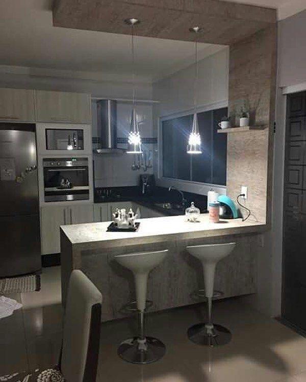 Una isla en la cocina con barra las sillas las pod is - Barras de cocina leroy merlin ...