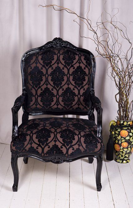 17 best images about furniture on pinterest ouija for Black and white damask chaise lounge