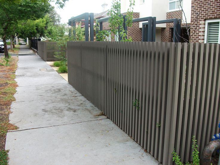 contemporary fence - Bing Images http://www.pinterest.com/avivbeber3/contemporary-fences/