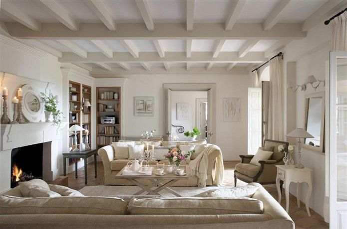 Decoración clásica en una casa andaluza · ElMueble.com · Casas: Living Room