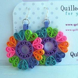 Náušnice - kruh z barevných srdíček * quilling