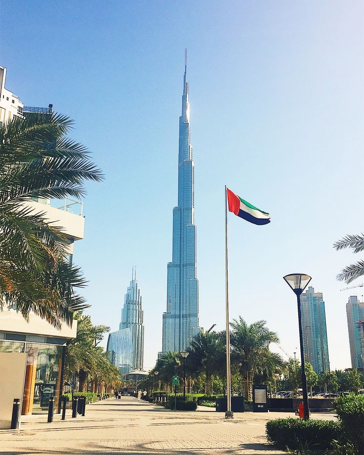 Burj Khalifa view from Business Bay, Dubai, UAE #evishaindubai