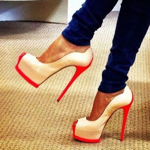 : Colors Combos, Fashion Shoes, Style, Red Heels, Fashion Heels, Pump, White Heels, Hot Heels, High Heels