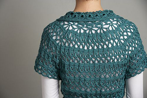 Doris Chan's Chamomile Cardi uses my favorite niche #crochet technique: Broomstick Lace