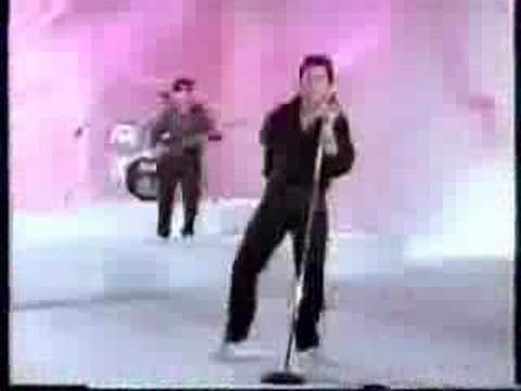 "Shakin' Stevens - 'Christmas Wish' ... from the album ""Merry Christmas Everyone."" - YouTube"