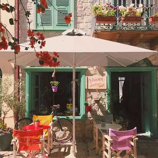 Another morning.. Another perfect coffee spot!  #definitelygreecemoments . .  .