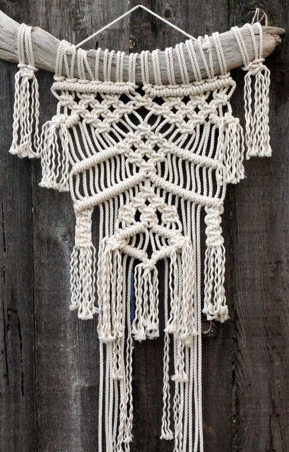 M s de 1000 ideas sobre tapices de macram en pinterest - Tapices de macrame ...