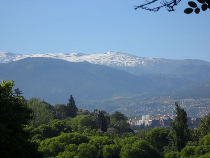 Sierra Nevada, Granada, Andalucia, Spain. IMPROVE YOUR SPANISH FLUENCY IN 1-4 WEEKS !! Eurolingua One-to-One Language Holiday Homestay programme. A great great success for over 20 years!! http://www.eurolingua.com/programmes-mainmenu-100/language-programmes/language-homestays-worldwide-mainmenu-472