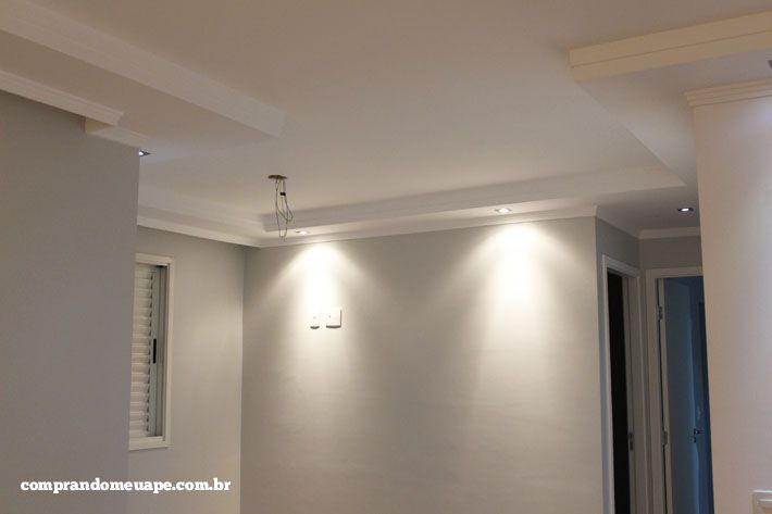 laterais teto de gesso(rebaixado) e iluminação(led ,spot ,lampadas dicróicas)