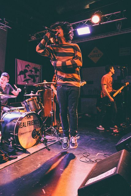 the emergence of pop punk music The genre of punk rock music is recognized from the sass's and is a style of music unlike others the emergence of pop punk music punk music concert review categories applied arts architecture 19th century architecture.