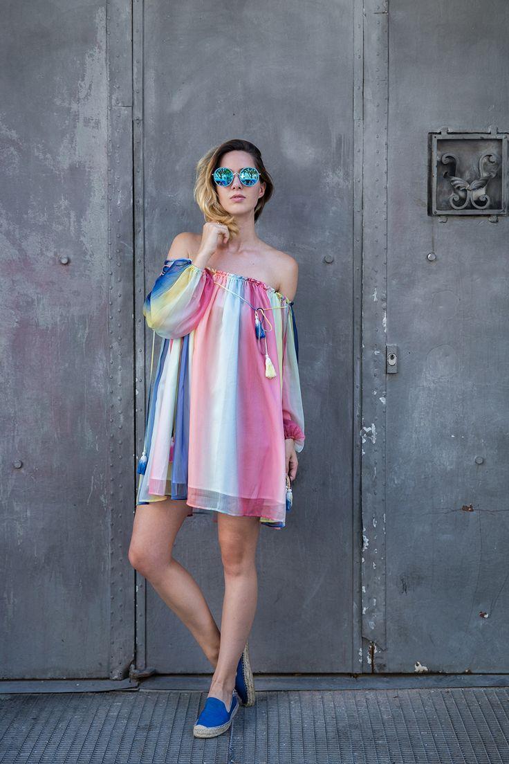 Offshoulder Regenbogenkleid | Lindarella - Fashion- und Fitness Blog aus München