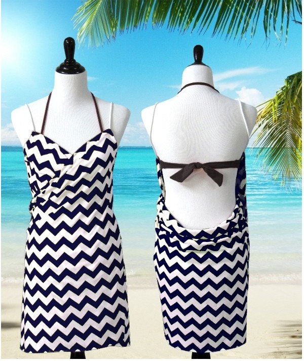 Black Chevron Swimsuit Cover Up, Beach Wrap, Wrap, Coverup, Bikini Cover Up by Cover Up Boutique. $39.90, via Etsy.