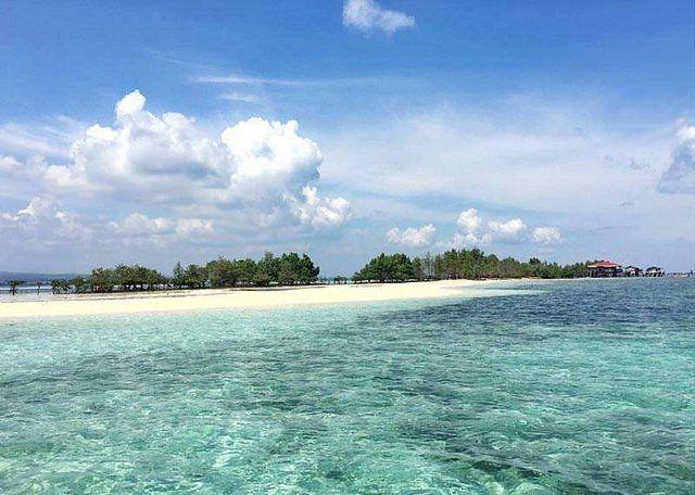 Stunning White Sand Vanishing Island In The Philippines - The Vanishing Island In Samal Davao Del Norte