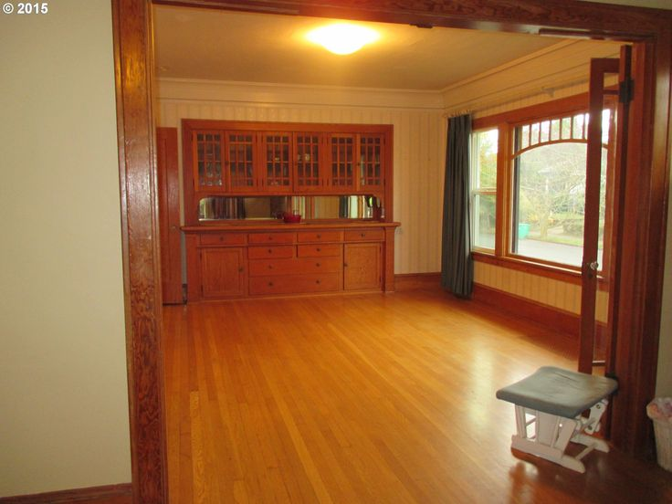 Dining room built-in and cool window in 1924 bungalow. 2036 SE 34TH AVE, Portland, OR