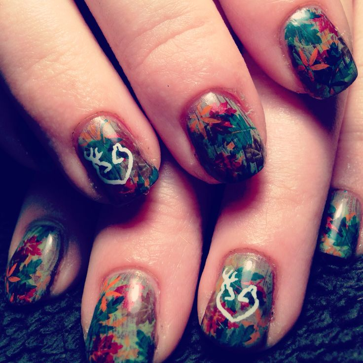 Mossy Oak nails prom nails homecoming cute stuff! maybe these?