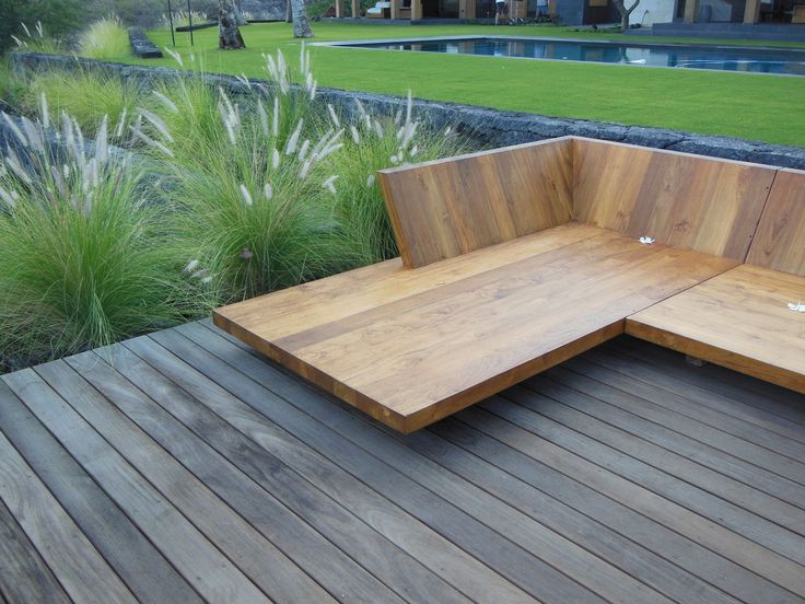 Strata - built-in oversized bench/daybed