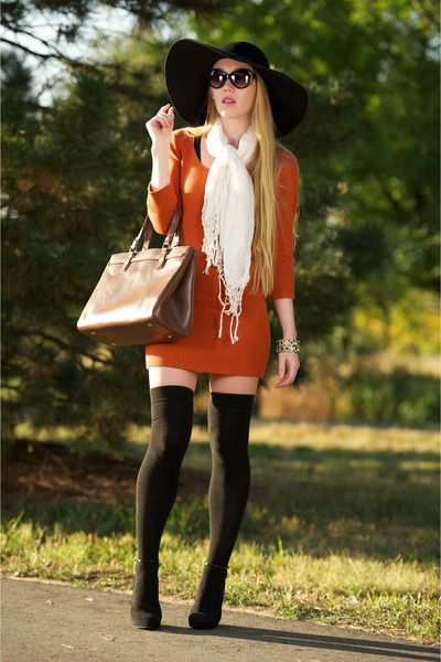 Burnt-orange-girlfriends-material-dress-black-honey-sun-eugenia-kim-hat_400