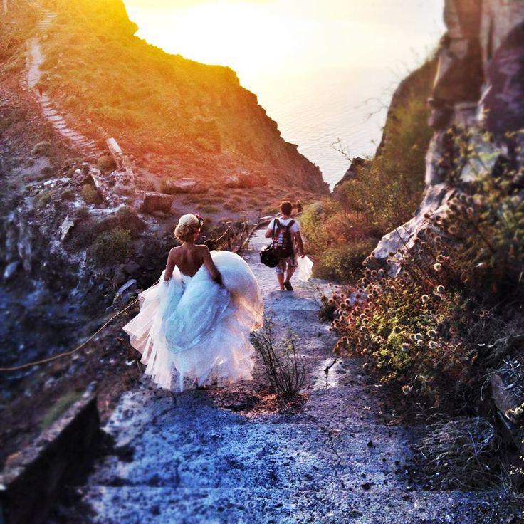 #Santorini #wedding under the #Sunset  Photo credits: @santoriniglamweddings