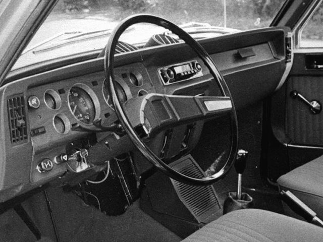 og moskvitch 3 5 2 3 5 2 interior prototype pinterest car interiors. Black Bedroom Furniture Sets. Home Design Ideas