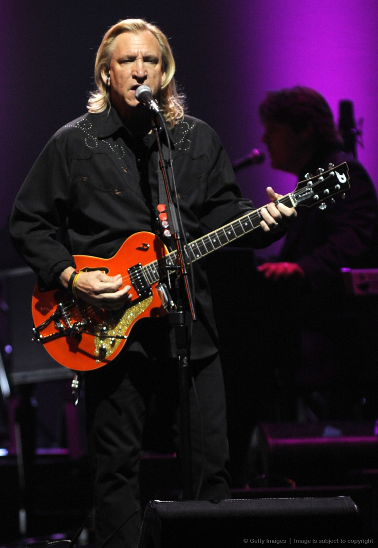 Joe Walsh - surprise appearance at a Jackson Browne concert - very cool!