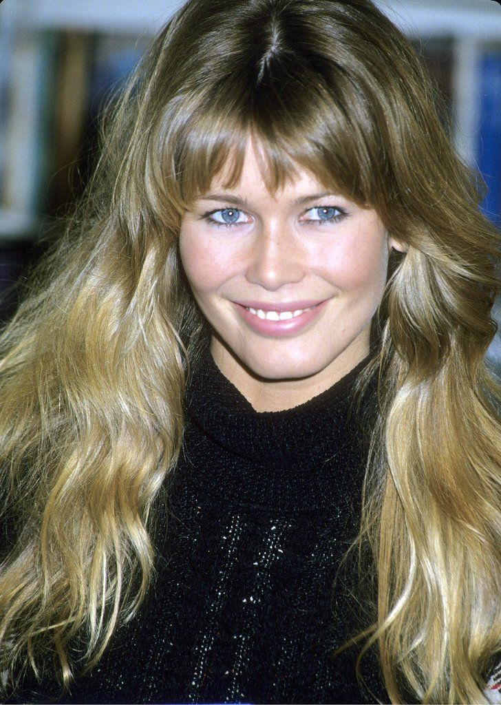 Claudia Schiffer's heavy bangs and beachy waves screamed California cool in the '90s.