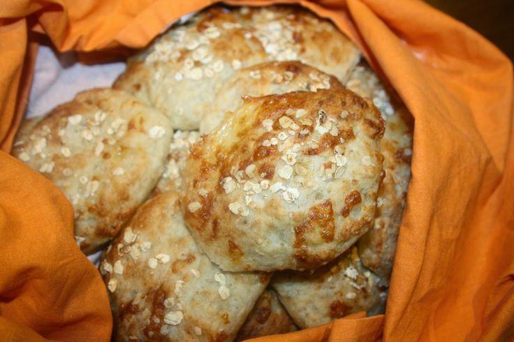Ruokasurffausta: Gluteenittomat juustosämpylät