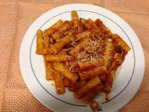 I Nostri gustosissimi Rigatoni alla #Amatriciana ... Ristorante Piccolo Arancio #Roma - pasta with tomato - bacon - cheese