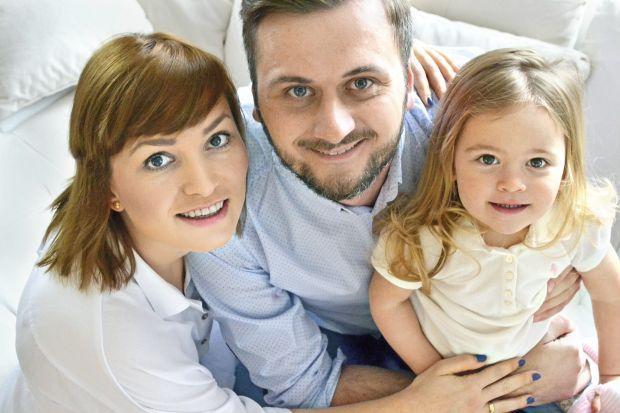 Jakub Pasek, razem z żoną, Marią, prowadzi blog Oczekując.pl