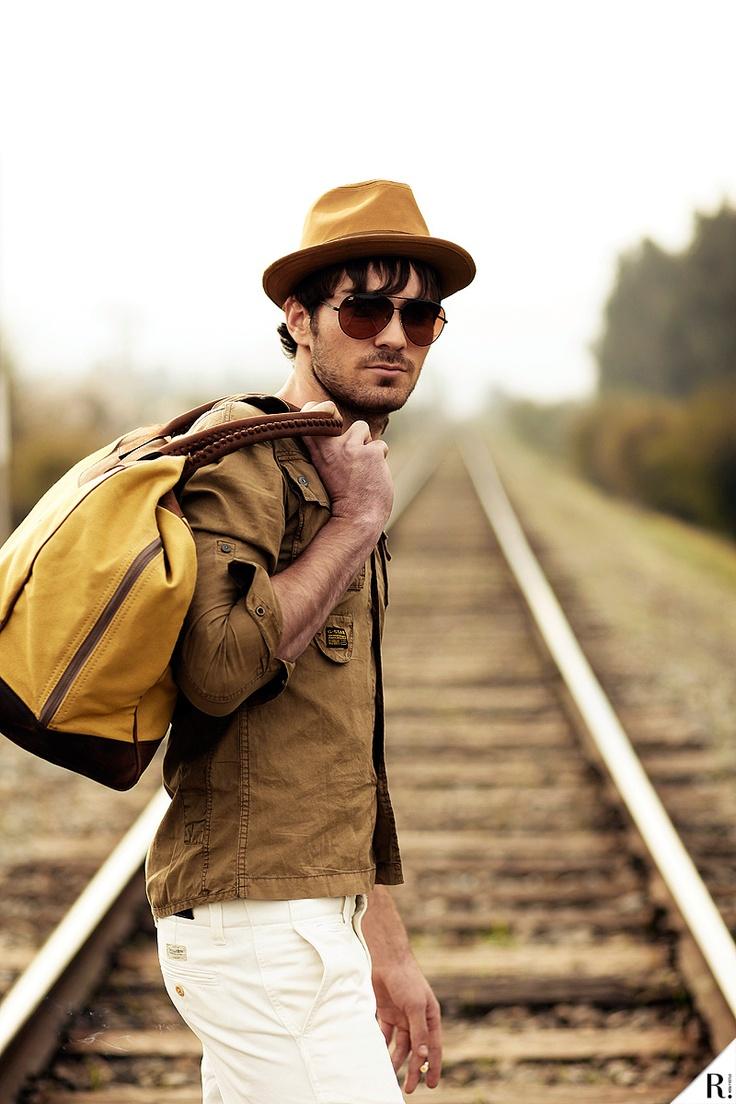 En tránsito  REPORT! Nº3 'Primavera ESPECTACULAR'  Septiembre 2012