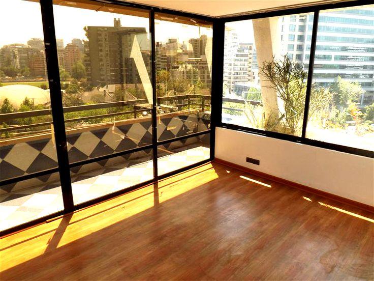 Departamento de 3 dormitorios 3 baños ubicado a pasos del metro estación Cristobal Colón. www.meinhaus.cl