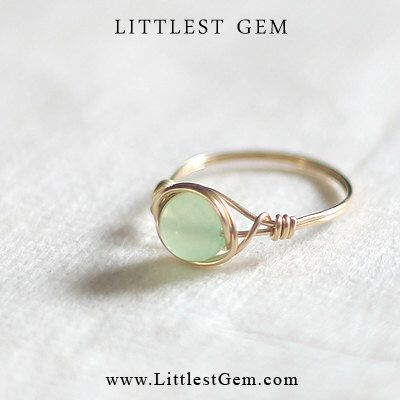 Mint Jade Ring - unique ring - wire wrapped ring - bohemian jewelry door littlestgem op Etsy https://www.etsy.com/nl/listing/194301968/mint-jade-ring-unique-ring-wire-wrapped