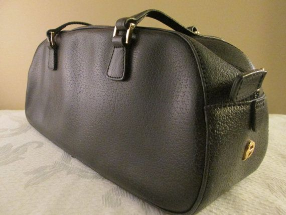 Vintage Ladies Black Leather Etienne Aigner. FOUNDbyBRENDA