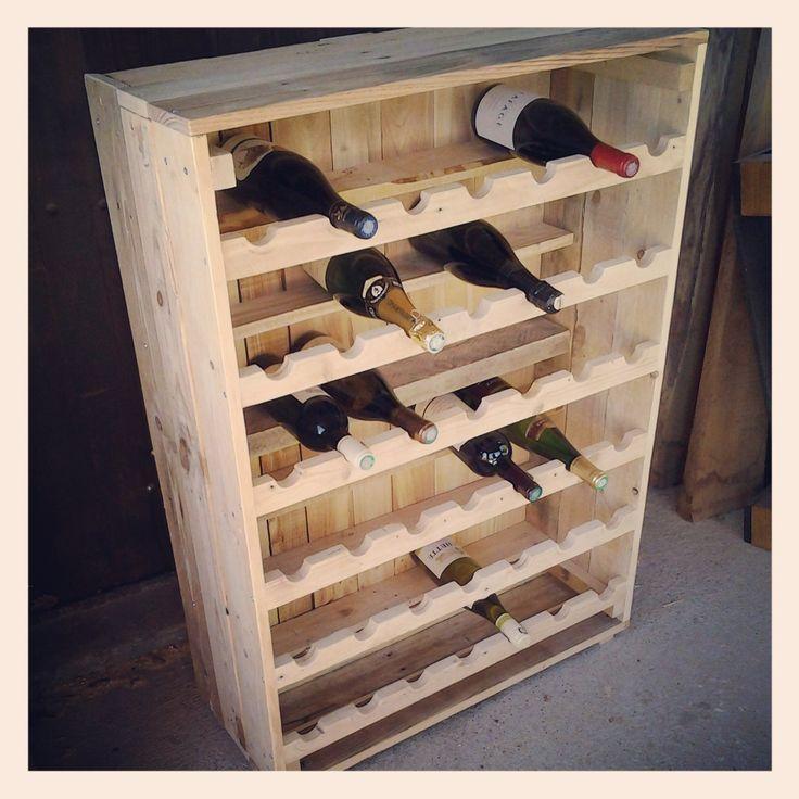 Les 25 meilleures id es de la cat gorie casiers bouteilles faire soi m me sur pinterest - Cave a vin palette ...