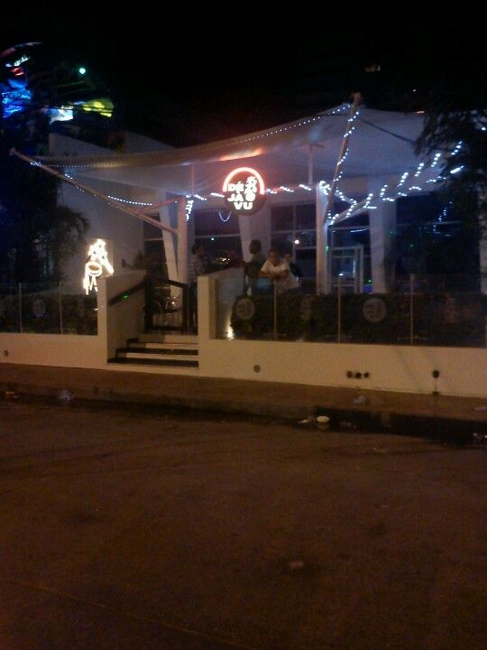Bar swinger santa marta