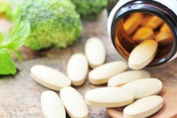 強力な抗酸化作用を持つアルファリポ酸には血糖値を下げたり、血流を改善する効果もあることから、糖尿病神経障害のリスクを持つ糖尿病や糖尿予備軍の人には摂って欲しい栄養素の1つです。サプリメントによる補給が有効ですが、成分に「安定R型アルファリポ酸」を使っているメーカーを選ぶことが大事です。#自然療法#健康#ヘルス#医療#ナチュロパシー