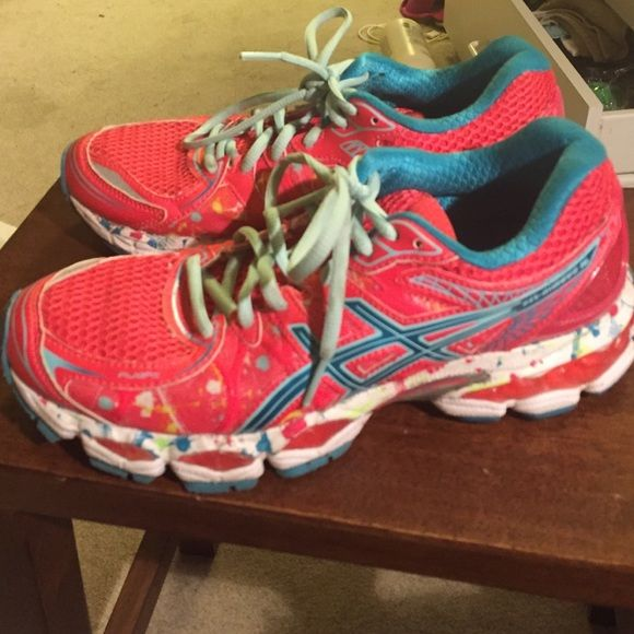 Asics nimbus 16 Asics nimbus 16 excellent condition! Downsizing. Too many  sneakers! asics