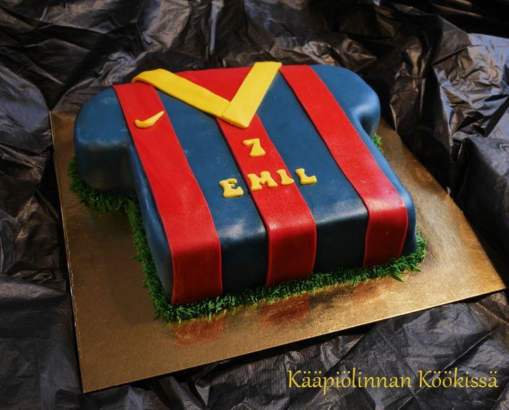 Kääpiölinnan köökissä: Pienen pojan FC Barcelona-kakku ♥