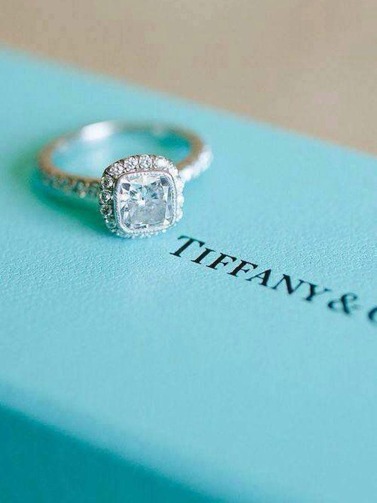 Anel de noivado | Aprenda tudo sobre as gemas da Tiffany                                                                                                                                                                                 Mais