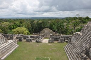 Estudio afirma que mayas desaparecieron debido a una prolongada sequía | Tendencias | La Tercera Edición Impresa