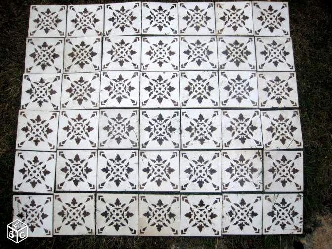 Les 25 meilleures id es concernant faience murale sur for Pochoir mural wc