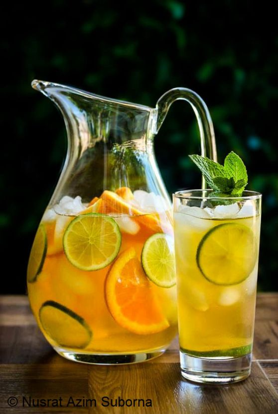 Use this image as inspiration and make a delicious citrus-based Freshpak Rooibos Iced Tea