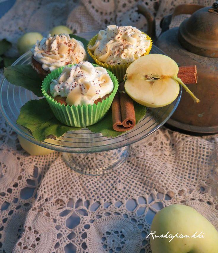 Ruokapankki: Omenatoffeekuppikakut