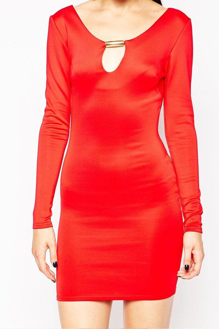 Sukienka dopasowana z aplikacją - czerwona