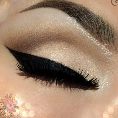 Bridal Bold Eyeliner by Aurora G. Click the pic to see what products she used. #bridal #wedding #beauty #makeup #cateye