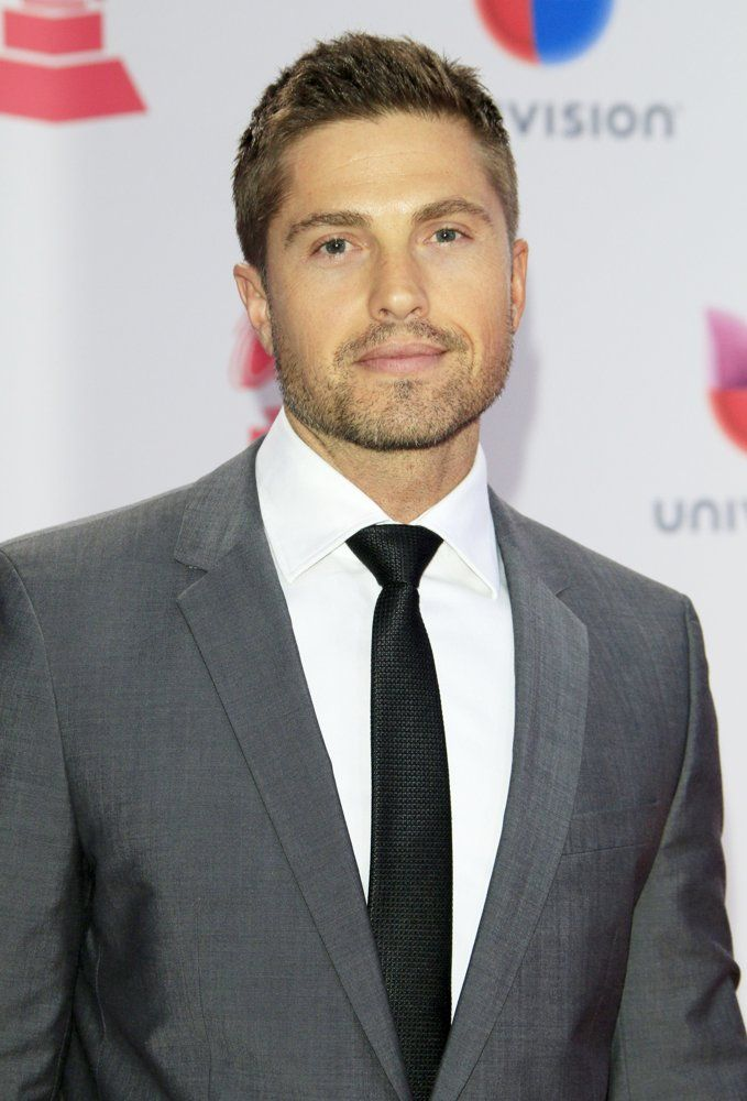 113 Best Images About Eric Winter On Pinterest Hot Guys