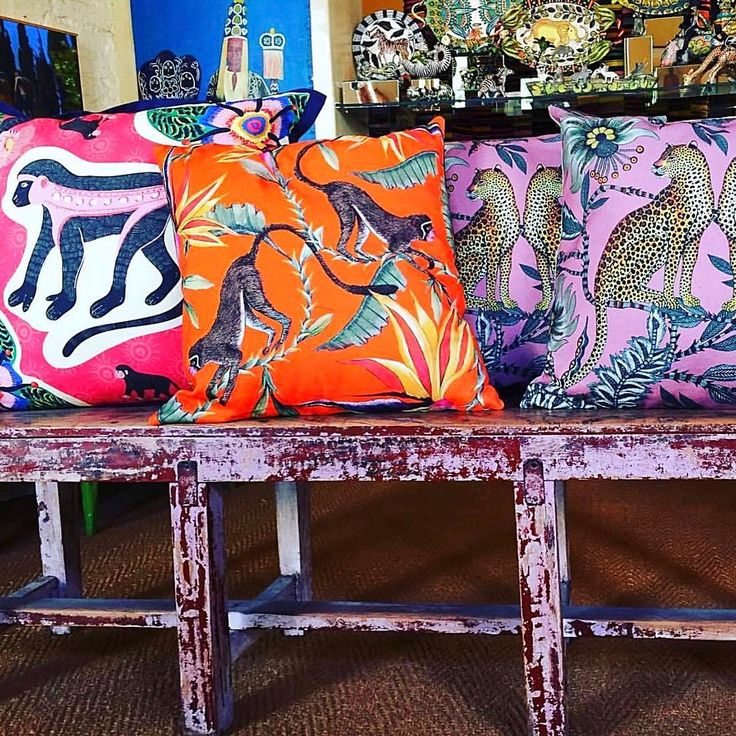 This is from my favourite shop in CT..Africa Nova .. if you come and visit me , this is where I will take you for sophisticated African craft and style . These are Ardmore cushions . @ardmoredesign have created their own unique aesthetic from their incredible hand made pottery ..( I have a few pieces .. now you have to save up for them ) Anyway Hermes commissioned them to design their latest African style scarves ... This is their fabric line ..isn't this fabulous fun? I love it when an…