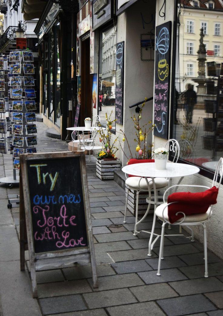 Bratislava / Suunta http://www.stoori.fi/suunta/kevat-saapui-kaupunkiin/