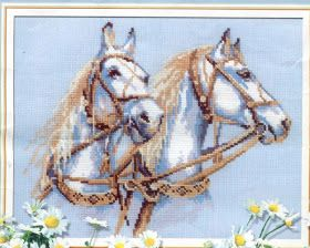 схема вышивки крестом белые лошади