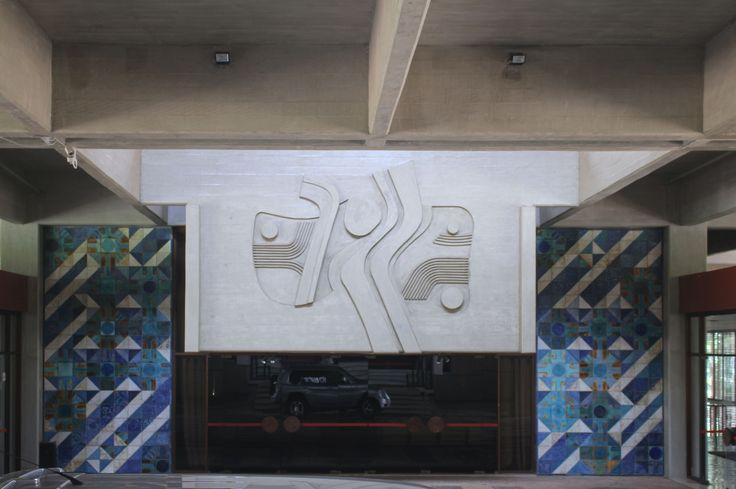 Querubim Lapa | Brasília | Embaixada de Portugal em Brasília / Embassy of Portugal in Brasilia | 1976 #Azulejo #AzulejoDoMês #AzulejoOfTheMonth #QuerubimLapa