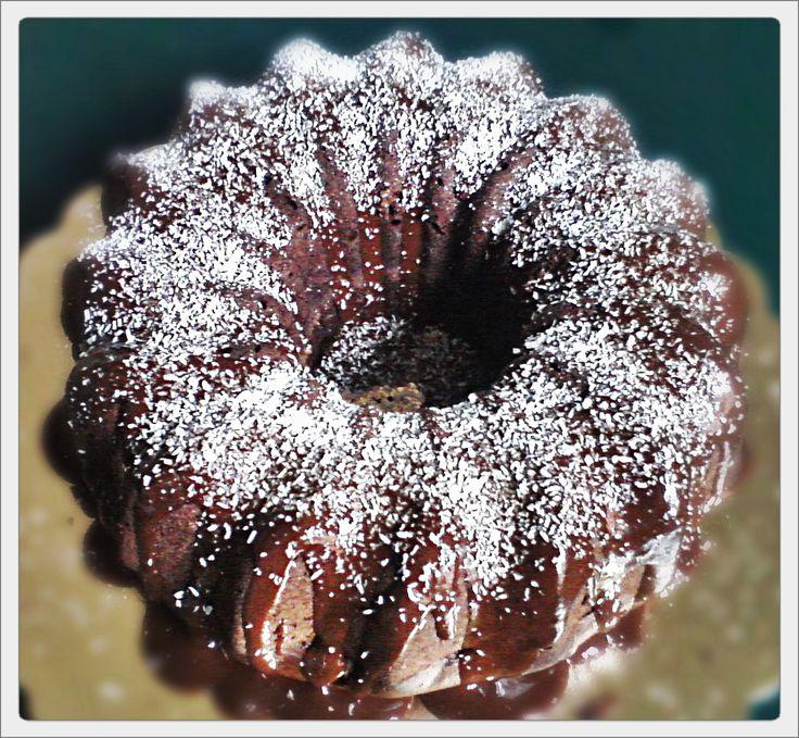 ciambella cioccolato e zucchine (isa chandra style)